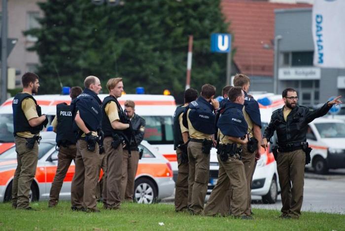 Smrtonosna pucnjava u trgovačkom centru u Minhenu