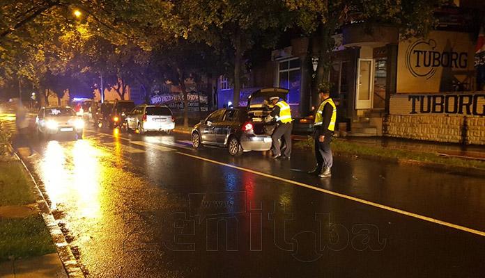 FOTO: Saobraćajna na Bulevaru, povrijeđena maloljetna djevojka