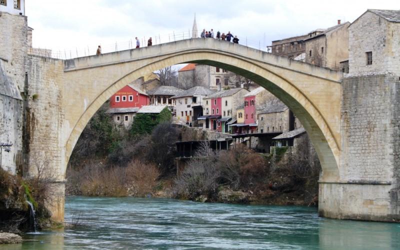 Hapšenje u Mostaru zbog paketa žvaka