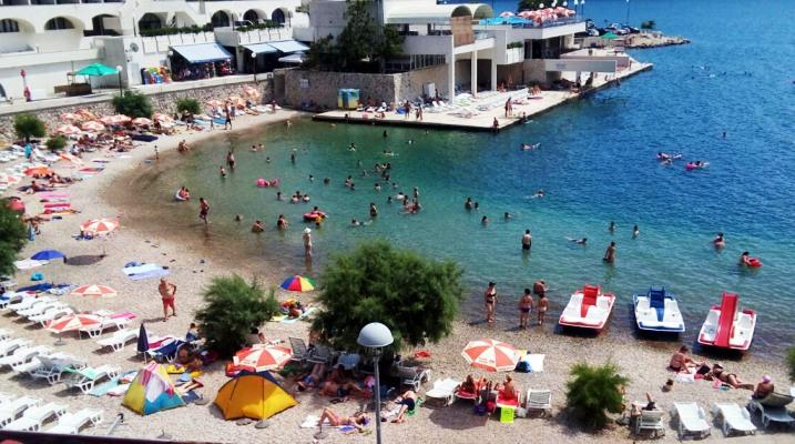 Tragedija u Neumu: Dječak preminuo na plaži