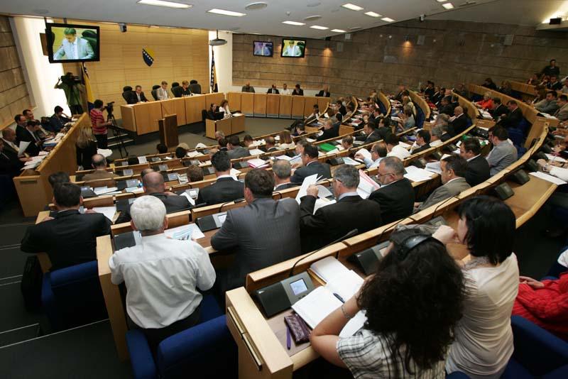 U Parlamentu FBiH predat prijedlog za izglasavanje nepovjerenja Federalnoj vladi