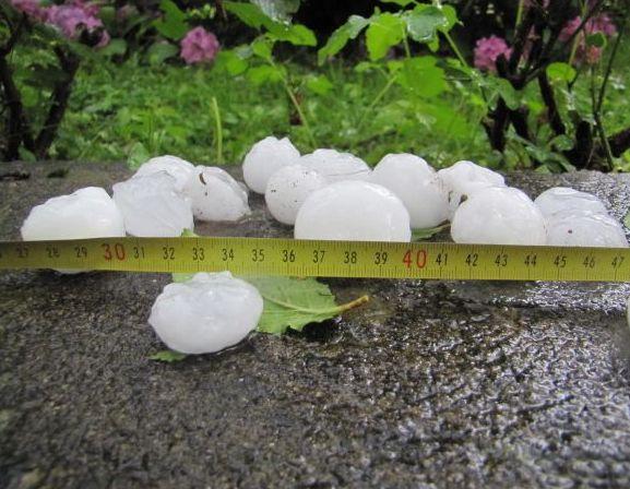 Olujno nevrijeme u Sloveniji, jak grad pogodio Velenje i okolicu