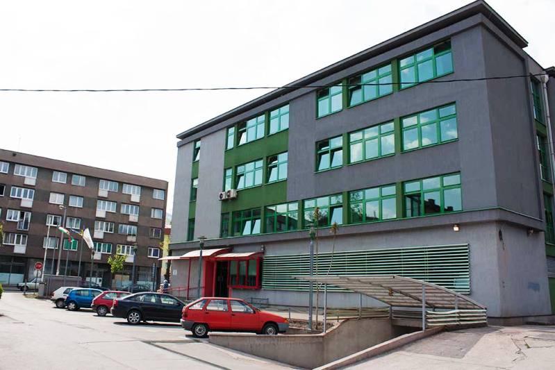 Na biroima u BiH 100.000 ljudi manje u odnosu na 2016. godinu