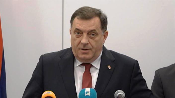 Dodik: Banjaluka više pripada Vučiću nego Izetbegoviću