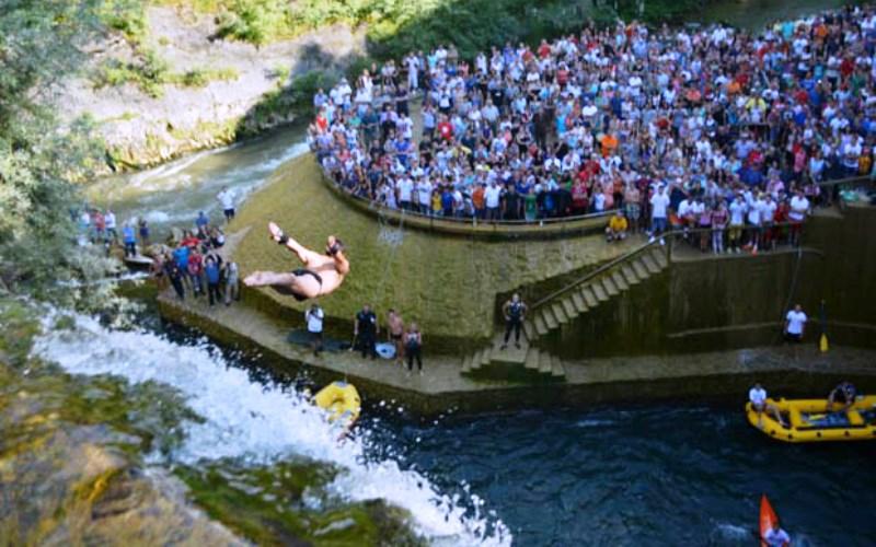 U Jajcu danas međunarodni skokovi s vodopada