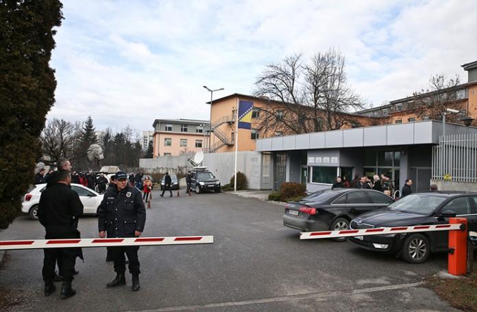 Sud BiH odredio pritvor petorici osumnjičenih pripadnika ISIL-a
