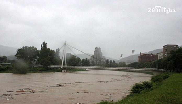 FUCZ: Zbog očekivanih pojačanih padavina moguće izlijevanje rijeka