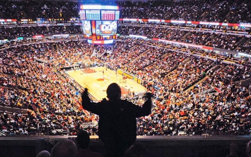 Božićni program u NBA ligi počinje u Torontu, vrhunac večeri gradski derbi u Los Angelesu