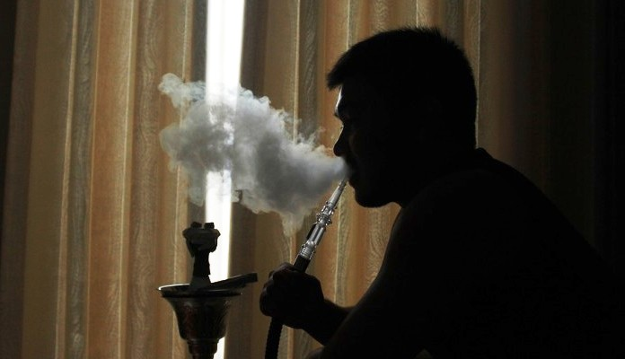 Pušenje nargile štetnije od cigareta