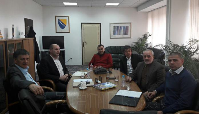 Gradonačelnik Kasumović održao sastanak sa Admirom Smajićem i Markom Topićem