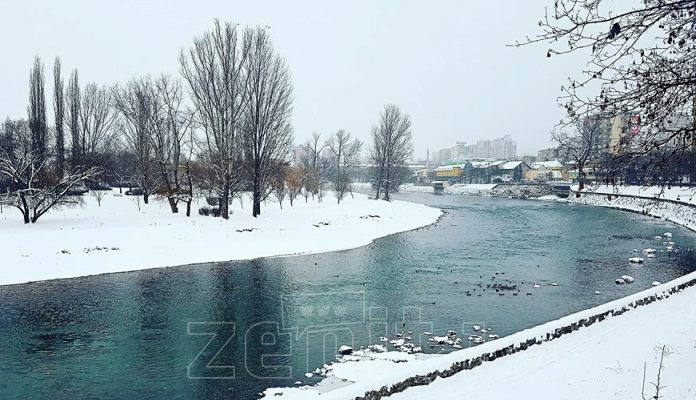 Pao prvi snijeg ove sezone u Zenici