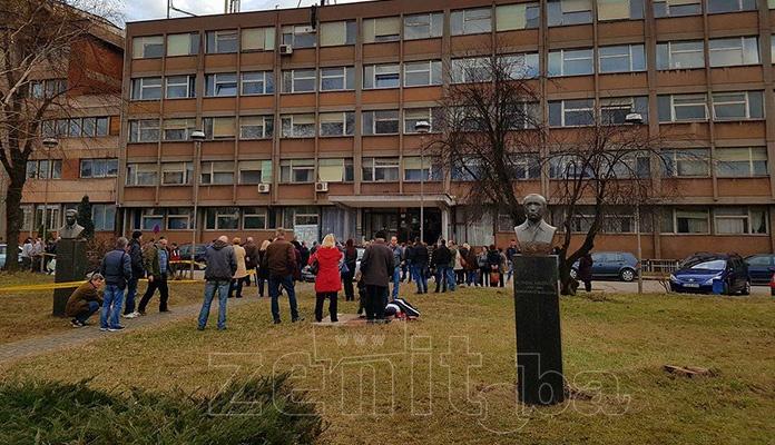Vlada FBiH izdvojila sredstva za uvezivanje staža radnicima Željezare Zenica