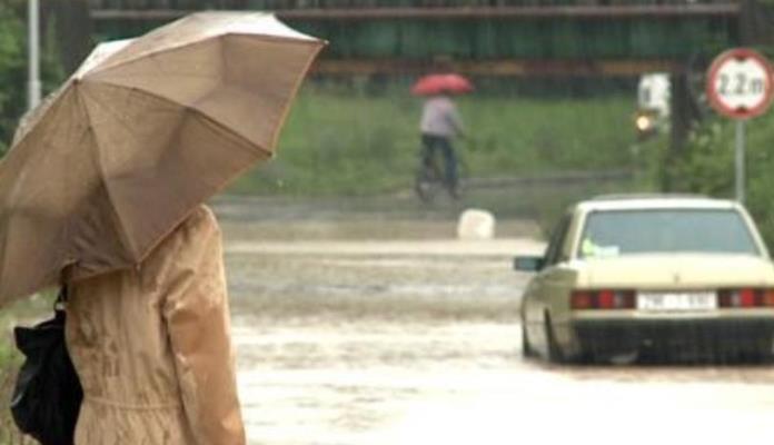 Vodostaji rijeka u porastu, poplavljeno oko 200 stambenih objekata