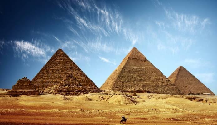 Egipatska ministrica poručila Musku da piramide nisu izgradili vanzemaljci