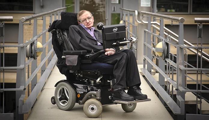 Završena aukcijska prodaja predmeta Stephena Hawkinga