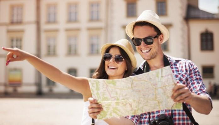 Svjetska zdravstvena organizacija: Postepeno ukidati ograničenja putovanja, odrediti prioritete