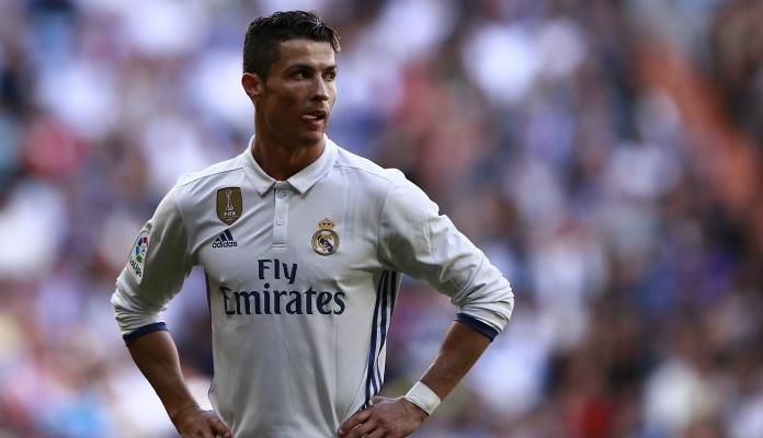 "Ronaldo ""izletio"" sa terena pa odjurio kući? (VIDEO)"