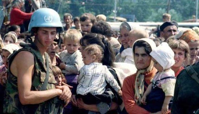Holandija će odrediti odštetu porodicama ubijenih u Srebrenici