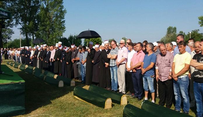 U Prijedoru obavljena kolektivna dženaza za 23 prijedorske ratne žrtve