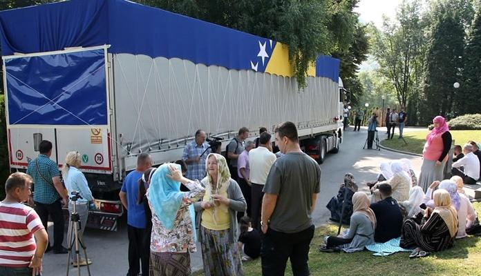 Iz Visokog tabuti 71 žrtve genocida na putu u konačni mir