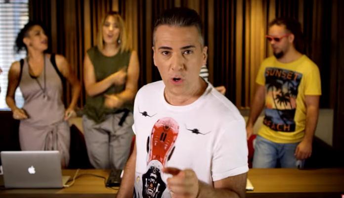 """Željko Joksimović objavio spot za pjesmu """"Menjaj pesmu"""" (VIDEO)"""