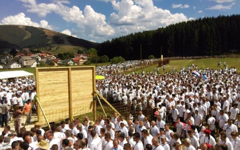 U Kupresu se okupilo 2.325 Ivana, oboren Guinnessov rekord