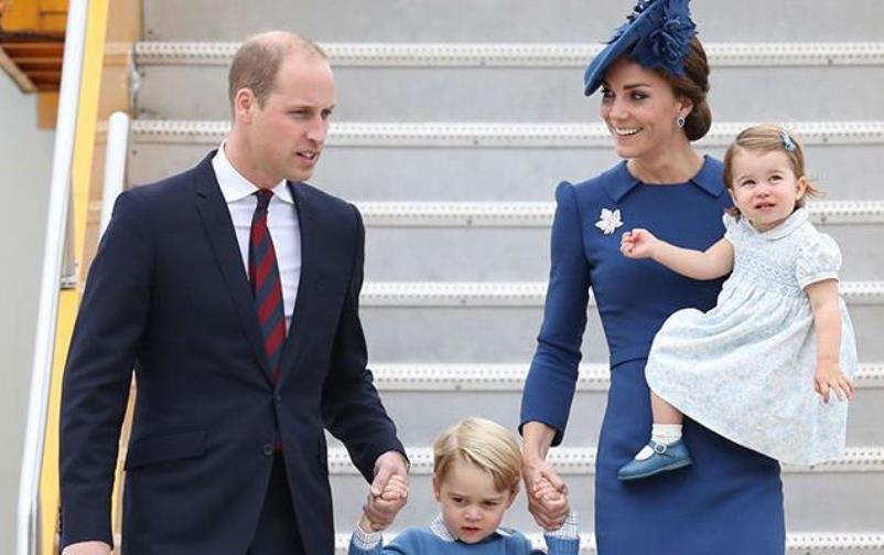 Kraljica Elizabeth II predaje krunu: William i Kate postaju kraljevi