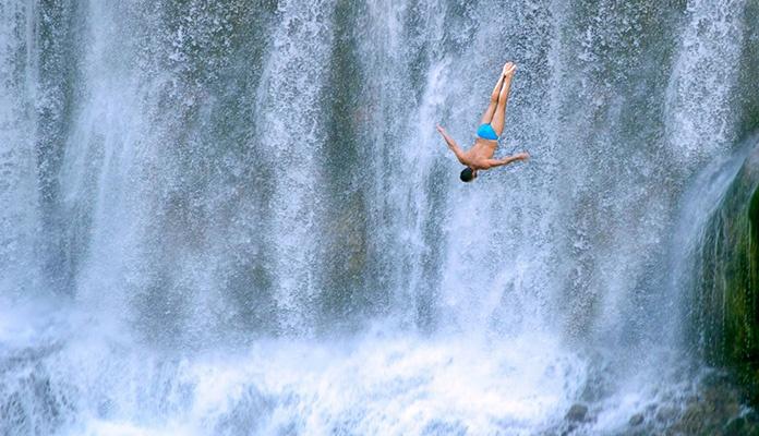 Za vikend 4. Međunarodni skokovi s vodopada u Jajcu (VIDEO)