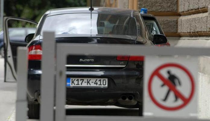 U Federaciji BiH do sada evidentirano 2.211 službenih vozila