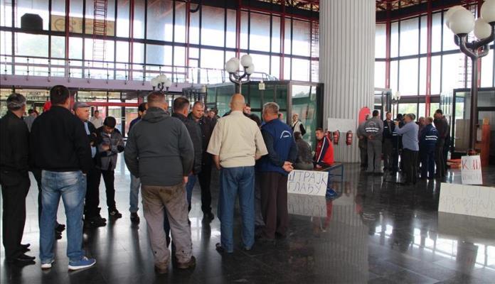Radnici Željeznica RS kažnjeni jer su štrajkovali