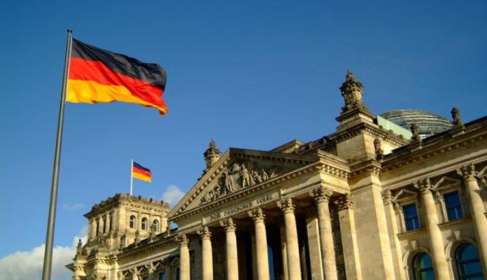 Njemačka mora uložiti 50 milijardi eura da spriječi krizu