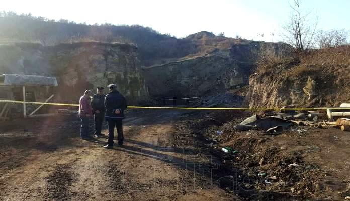 Jedna osoba poginula, druga povrijeđena u nesreći na deponiji Rača
