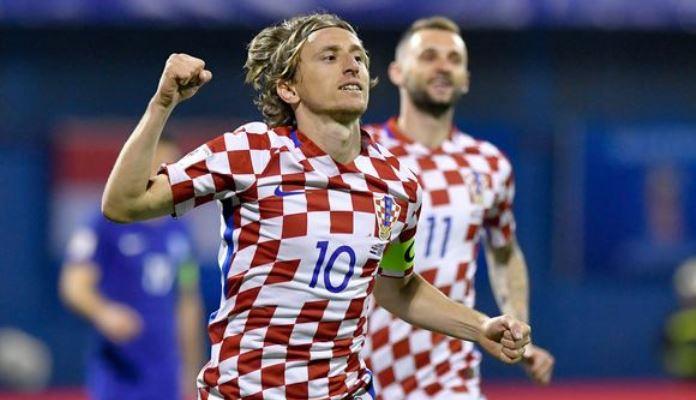 Hrvatska otputovala u Grčku, Mandžukić nastupa u sutrašnjem revanšu
