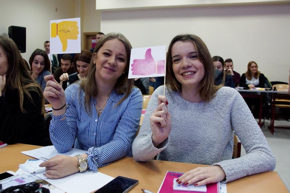 Lars-Gunnar Wigemark i Christiane Hohmann družili se sa studentima u Zenici (FOTO)