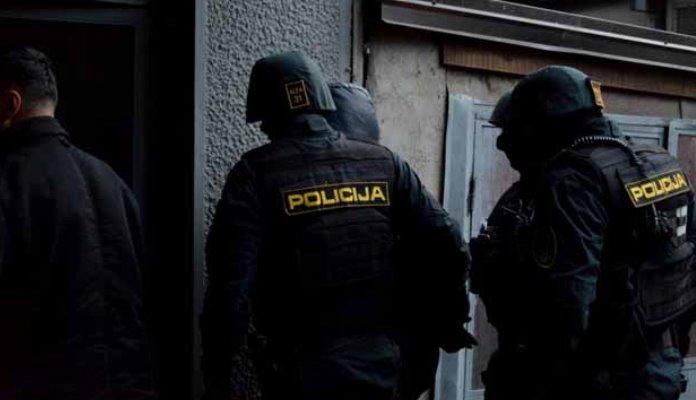 Velika akcija u Mostaru: Uhapšeno više osoba zbog iznude, otmice i prevare