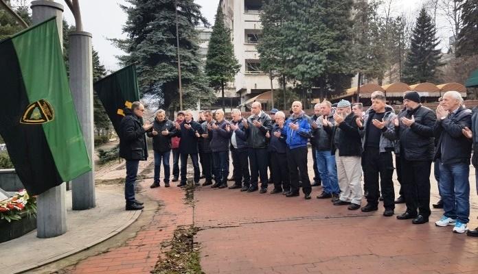 Zenički rudari održali proteste: Za smrt našeg kolege kriva je država, a Novalić nas laže