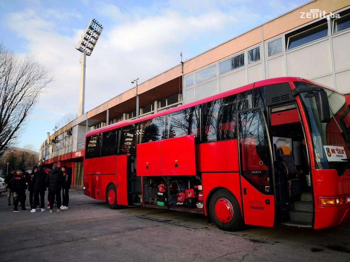 Nogometaši Čelika otišli na pripreme u Antaliju (FOTO)