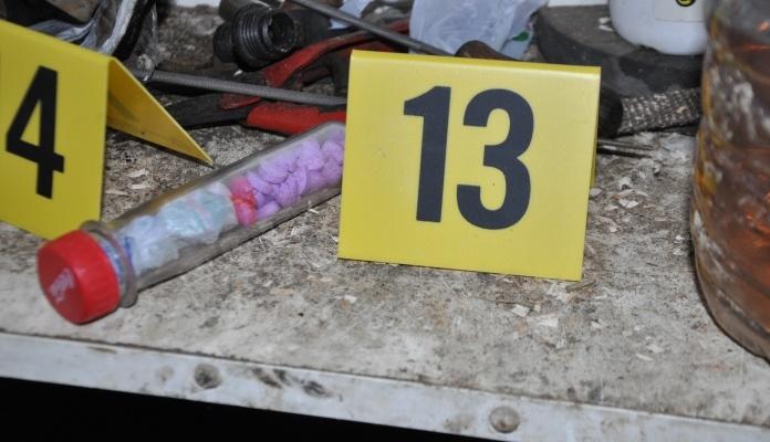 """U Visokom pronađeno 2,5 kg droge """"speed"""" (FOTO)"""