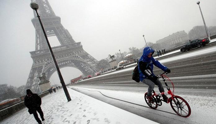 Snježne padavine izazvale haos širom svijeta (VIDEO)