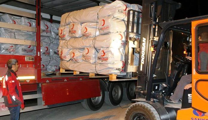 Crveni polumjesec Turske poslao konvoj humanitarne pomoći za migrante u Bihaću
