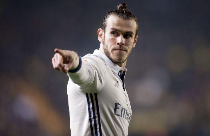 Bale: Vidio sam NLO, vanzemaljci postoje, samo neko ih krije