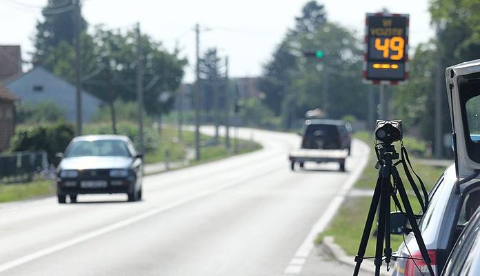 Svaki drugi kontrolisani vozač u RS-u prekoračio dozvoljenu brzinu kretanja