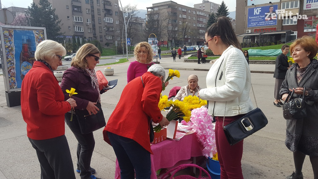 "Održana akcija ""Narcisom protiv raka dojke"" (VIDEO+FOTO)"