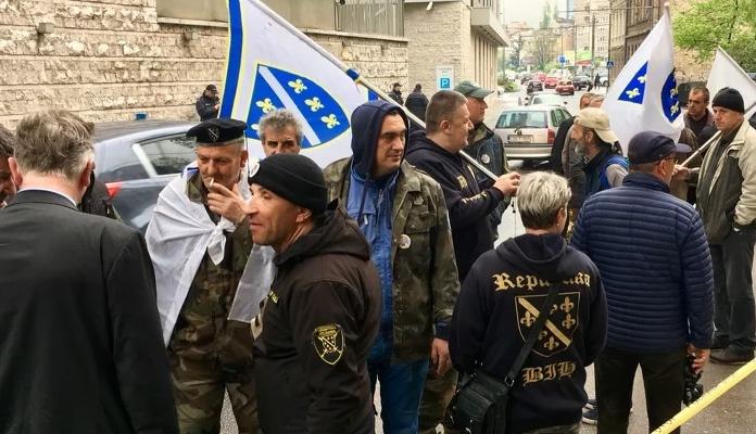 Policija progoni borce koji su protestirali u Sarajevu