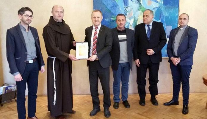 Jasmin Duvnjak posjetio Župu Svetog Ilije u Zenici