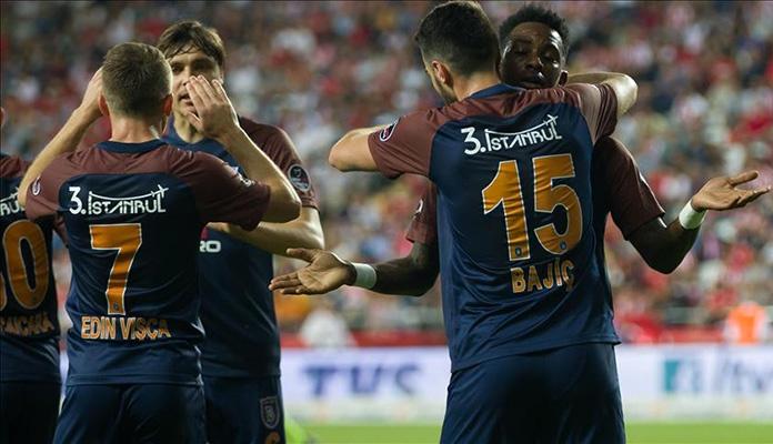 Golovima Bajića i Višće Bašakšehir savladao Antalyaspor