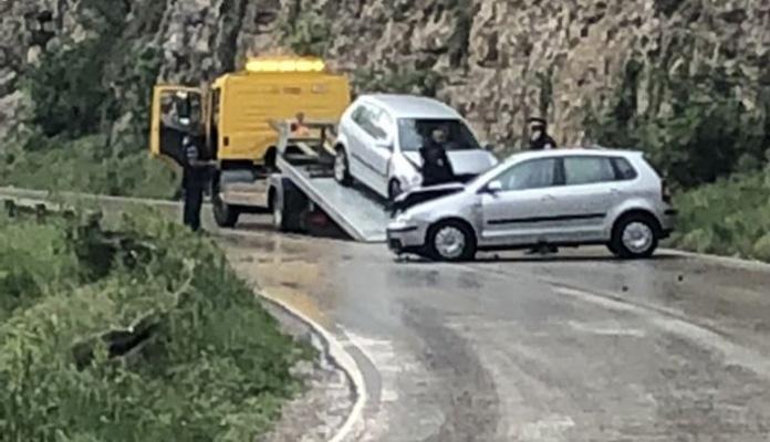 Dvije saobraćajne u mjestu Lašva kod Zenice, jedno lice zatražilo ljekarsku pomoć