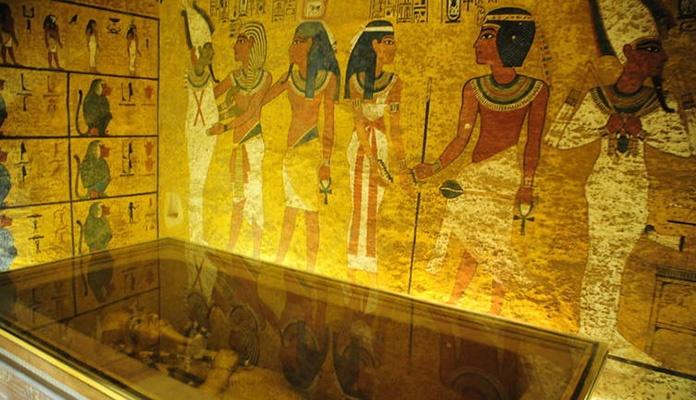 Arheolozi zabrinuti zbog Tutankamonove mumije