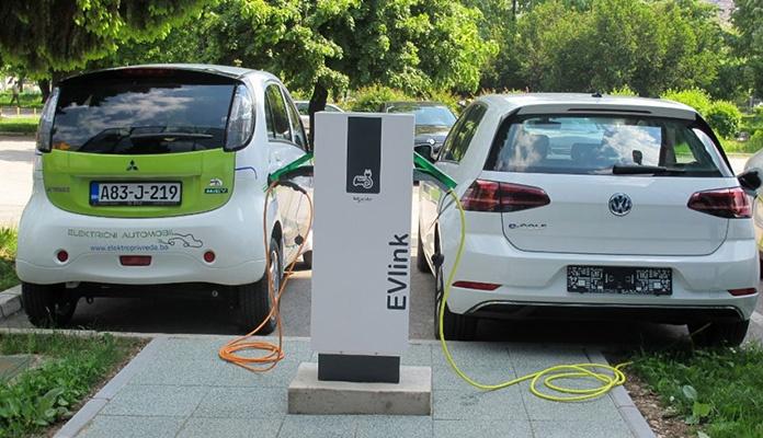 Električne automobile uskoro bismo mogli puniti bežično