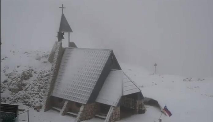 Snijeg u Hrvatskoj i Sloveniji, drastičan pad temperature